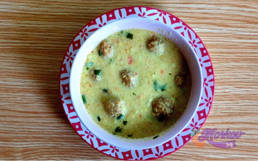 Вкусна супа топчета без месо